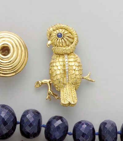 AN 18K GOLD, SAPPHIRE AND DIAM