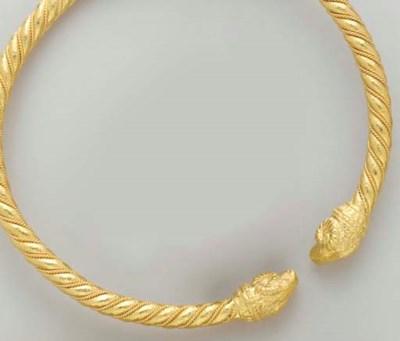 A 22K GOLD CHOKER, BY ZOLOTAS