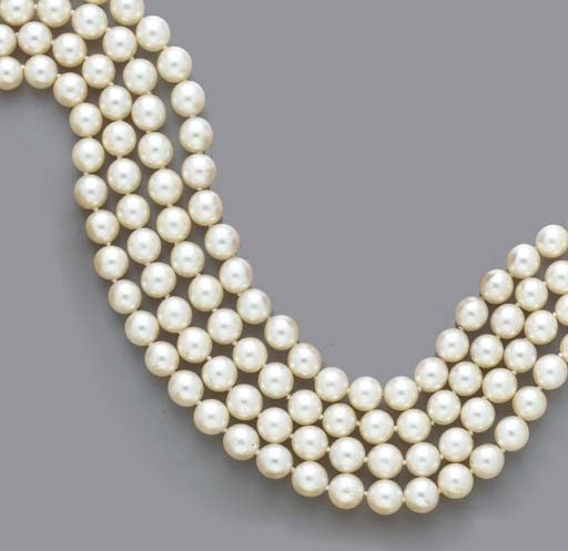 A FOUR-STRAND CULTURED PEARL A