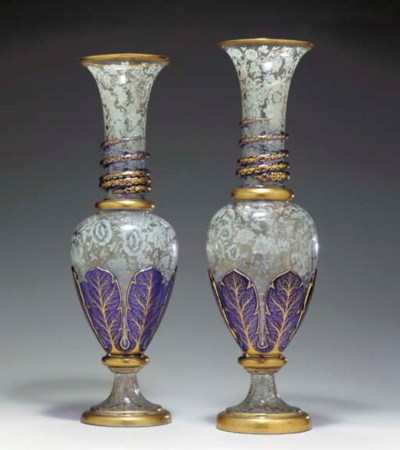 A PAIR OF ENGLISH OVERLAY GLAS