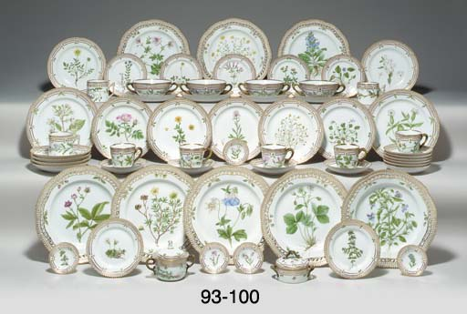 TWELVE ROYAL COPENHAGEN 'FLORA