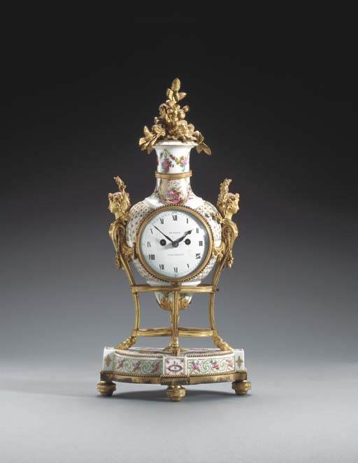 A FRENCH ORMOLU-MOUNTED PORCEL