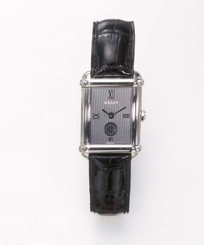 AN AUTOMATIC WRISTWATCH, BY GR