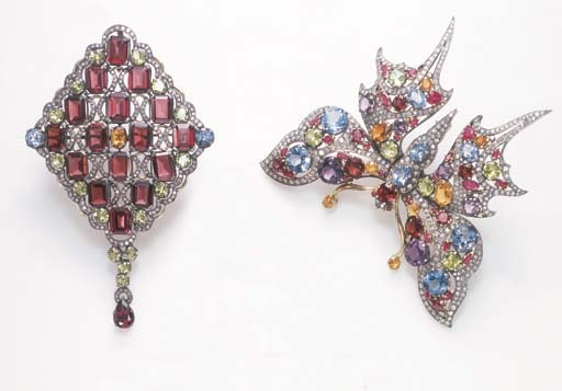 A GROUP OF GEM-SET BROOCHES