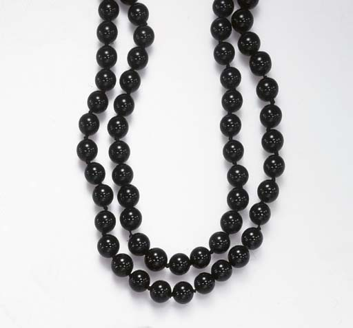 **A GROUP OF SIX NECKLACES