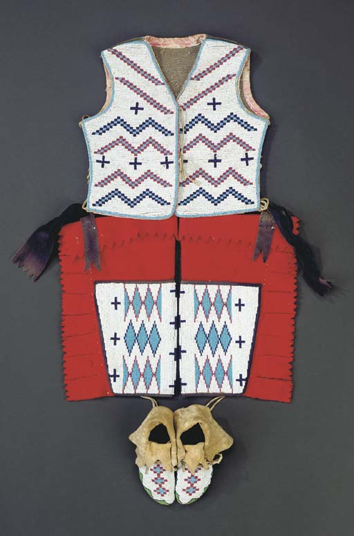 A NEZ PERCE CHILD'S BEADED HID