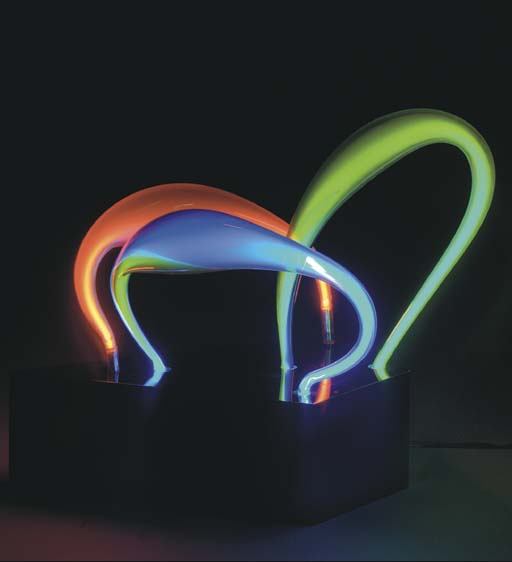 'TRIPLE LOOP', A NEON SCULPTUR