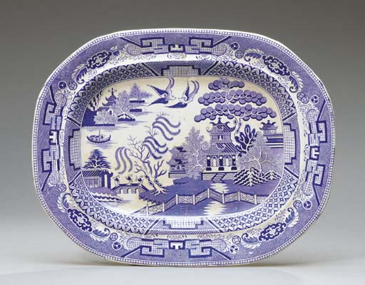 A BLUE AND WHITE WEDGWOOD PLAT
