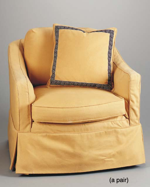 A PAIR OF YELLOW UPHOLSTERED CLUB CHAIRS  (2)