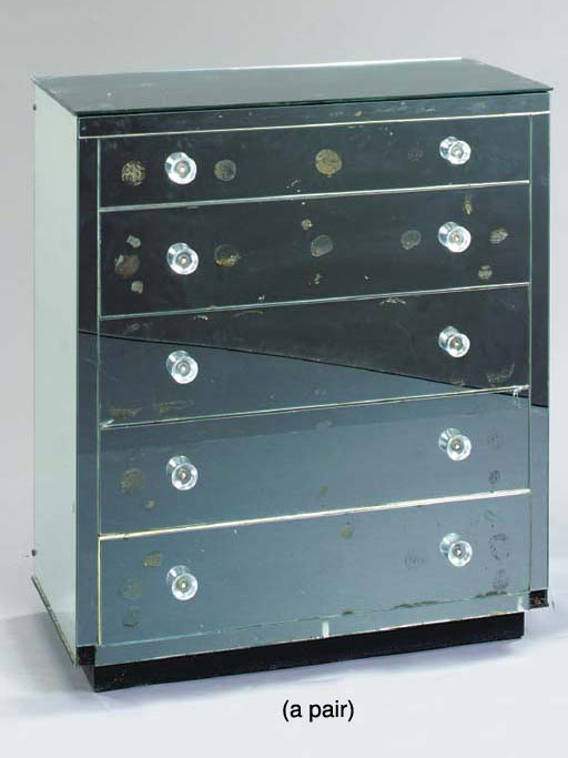 A PAIR OF MIRRORED CHESTS-OF-DRAWERS,