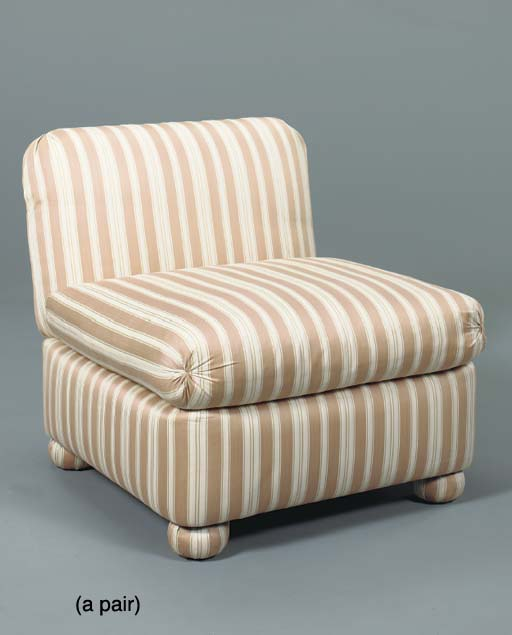A PAIR OF SIDE CHAIRS WITH CREME AND ROSE STRIPED UPHOLSTERY  (2)
