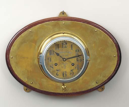 A bulkhead clock for Hapag Llo