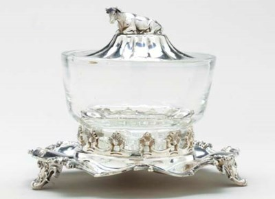 A VICTORIAN SILVER-MOUNTED GLA