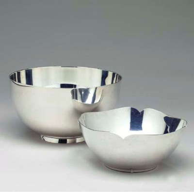 TWO AMERICAN SILVER BOWLS,