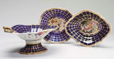 AN ENGLISH PORCELAIN PART DESS
