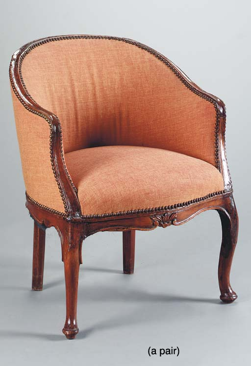 A PAIR OF ITALIAN ROCOCO STAIN