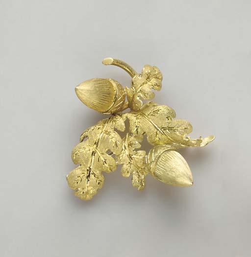 A GOLD BROOCH, BY BUCCELLATI