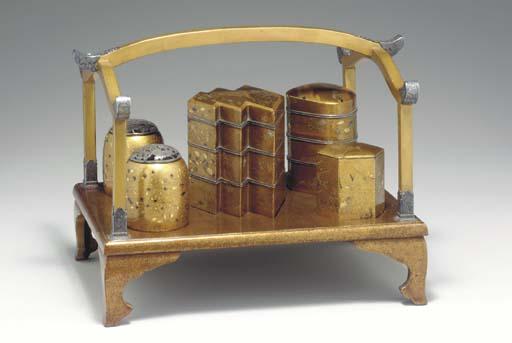 A Lacquer Incense Set (Kodogu)
