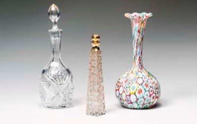 SEVEN MISCELLANEOUS GLASS OBJE