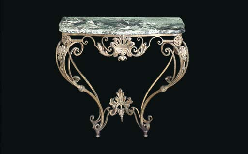 A PAIR OF BAROQUE STYLE GILT W