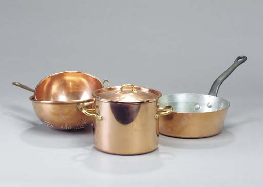 A GROUP OF BRASS AND COPPER CO