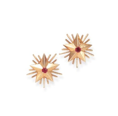 A PAIR OF RETRO GOLD AND RUBY
