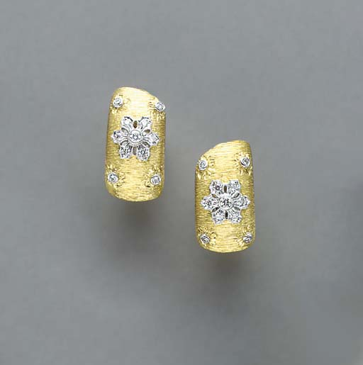 A PAIR OF DIAMOND AND BI-COLOR