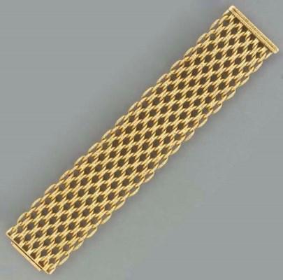 AN 18K GOLD BRACELET, BY CARTI
