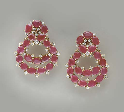 A PAIR OF RUBY, DIAMOND AND 18