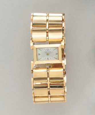A RETRO 14K GOLD WATCH, BY J.