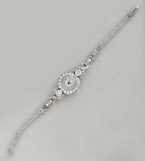 A DIAMOND AND PLATINUM WRISTWA