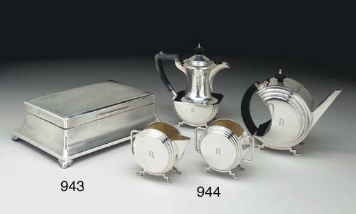 A GEORGE V SILVER FOUR-PIECE T