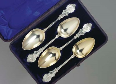A GROUP OF VICTORIAN SILVER PL