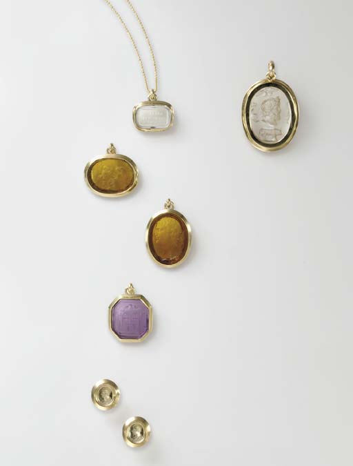 A GROUP OF INTAGLIO JEWELRY