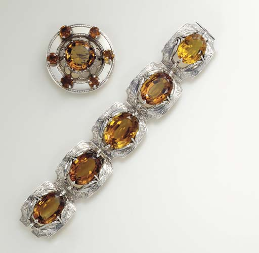 A GROUP OF ANTIQUE CITRINE AND