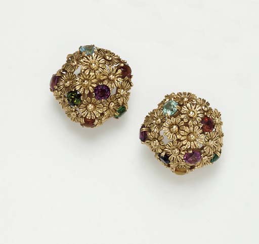 A PAIR OF GOLD AND MULTI-GEM E