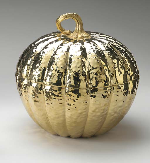 A GOLD-PLATED SILVER TUREEN, B