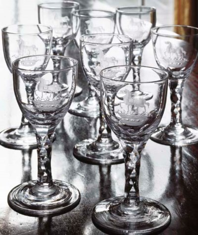 EIGHT ENGLISH CRESTED WINE GLA