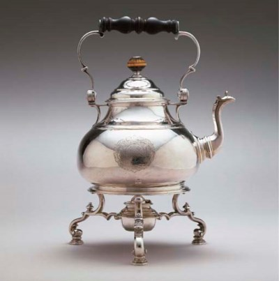A QUEEN ANNE SILVER KETTLE-ON-