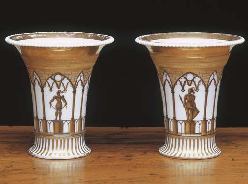 A PAIR OF PARIS PORCELAIN BEAK