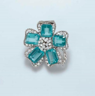 A DIAMOND AND SIMULATED AQUAMA