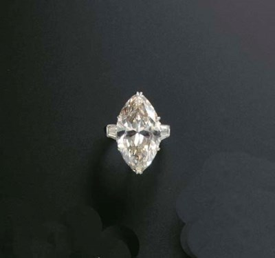 A DIAMOND RING, BY HARRY WINST