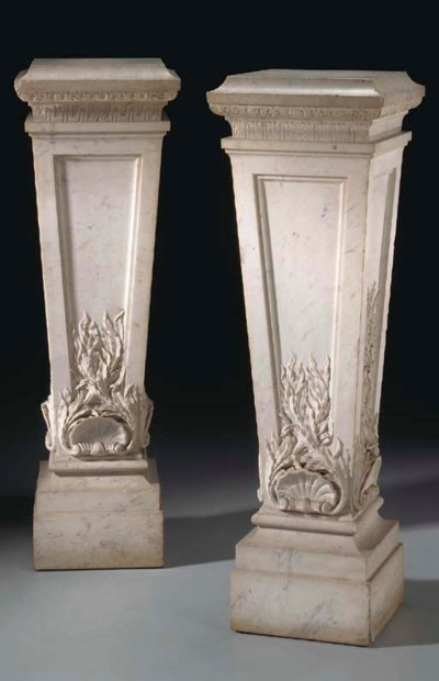 A PAIR OF WHITE MARBLE COLUMNS
