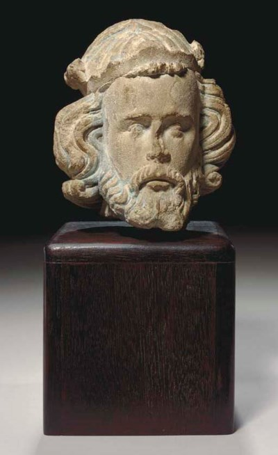 A FRENCH GOTHIC LIMESTONE HEAD