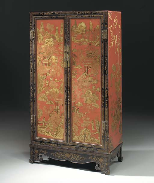 A CHINESE GILT AND PAINTED RED