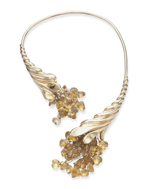 A CITRINE AND GOLD NECKLACE, B