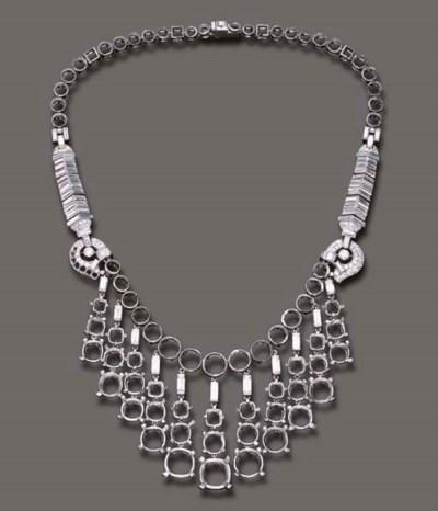 A DIAMOND AND PLATINUM NECKLAC
