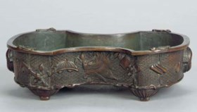 A CHINESE BRONZE JARDINIERE,