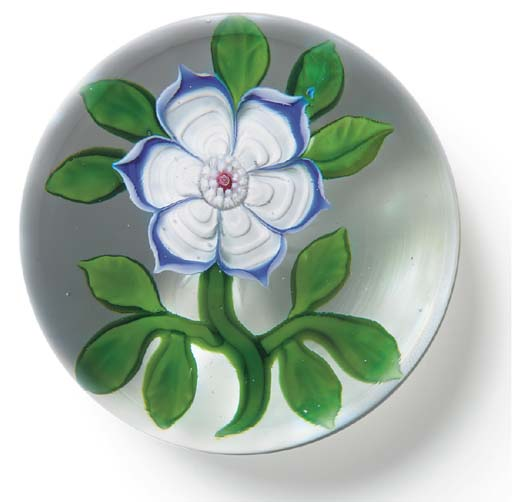 A BACCARAT ANEMONE WEIGHT