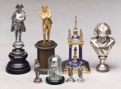 A GROUP OF EIGHT SILVERED OR G